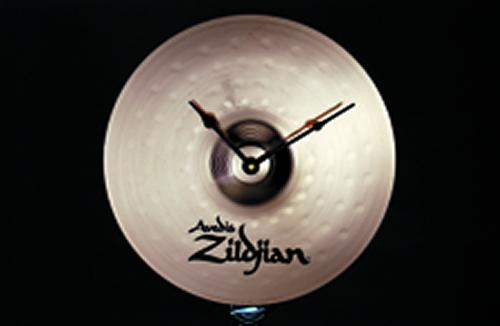 Keep up with the times and add a musical accent to your decor with this Zildjian Cymbal Clock. The Zildjian cymbal clock is made from a real Zildjian cymbal